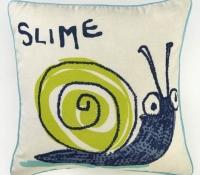 arthouse-008309-dont-bug-me-cushion