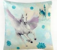 arthouse-008310-fairytail-cushion